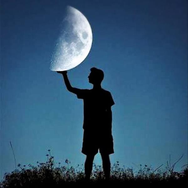 上弦の月🌙月に歌えばでアップします❣️のユーザーアイコン