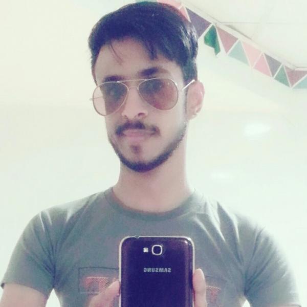 Mehmood Ali Balushii のユーザーアイコン