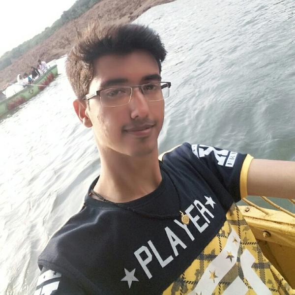 vijay madhvaniのユーザーアイコン