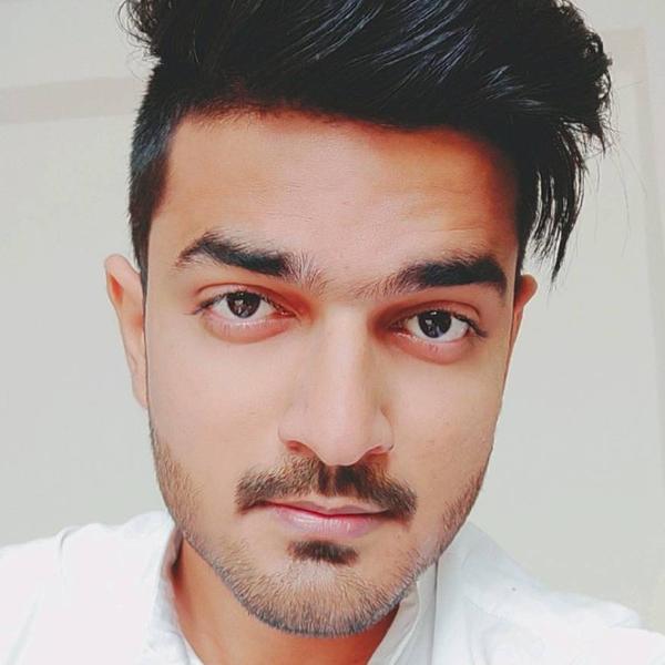 Shahjade Khanのユーザーアイコン