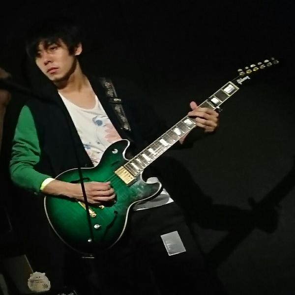 ヒロフミ:ギタリストのユーザーアイコン