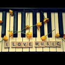 読書期間中 花 ピアノ伴奏(コラボ大歓迎♫)のユーザーアイコン