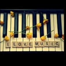 人生の決断日な花 ピアノ伴奏(コラボ大歓迎♫)のユーザーアイコン