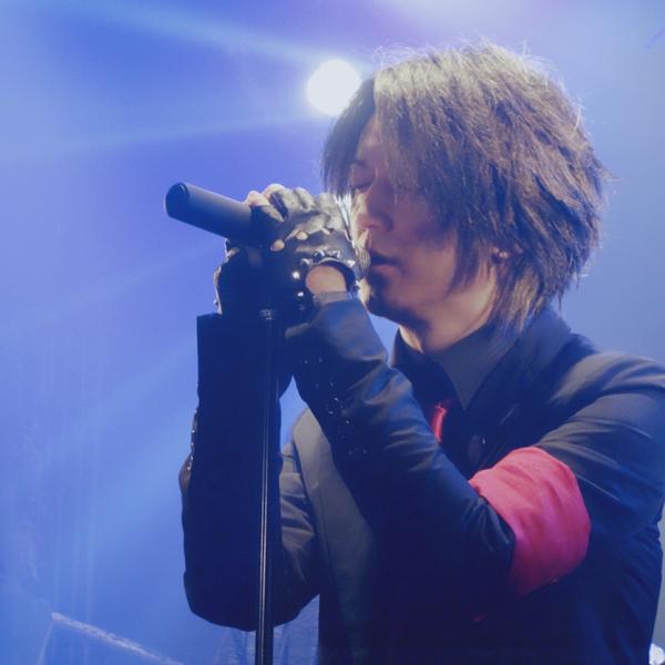 tomo 【B'z/GLAY/X JAPAN/Mr.Childrenなど最近ABCも歌ったりする人】のユーザーアイコン