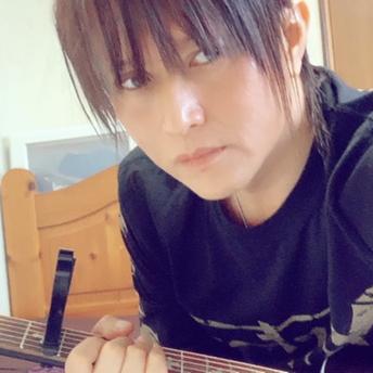 慎-shin- 🎸初心者2020/10月〜🔰のユーザーアイコン
