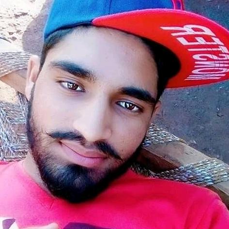 Raja shivtanのユーザーアイコン