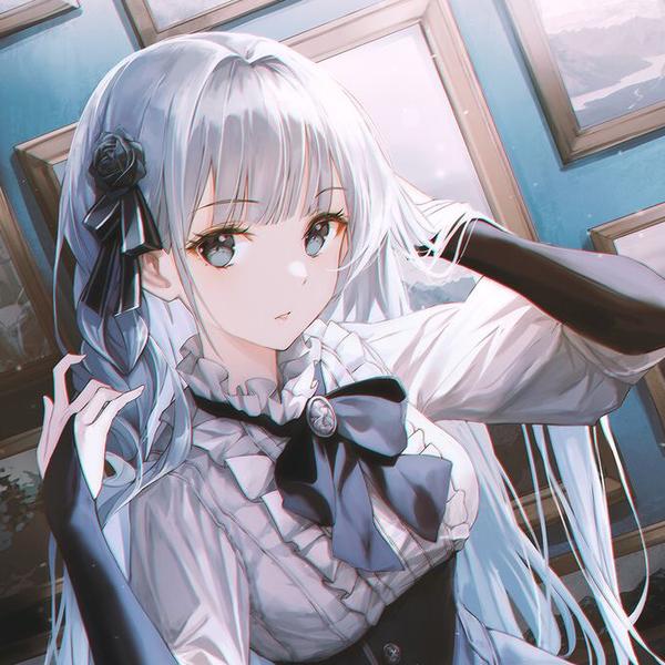 ゆみぃる --🥀's user icon