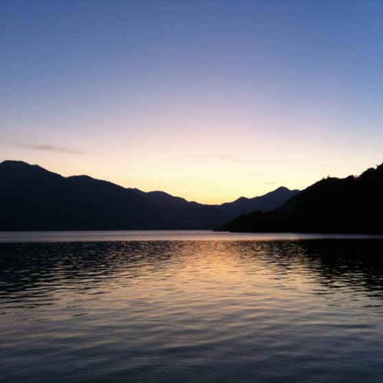 taku (夏も終わったので アイコン 変えました…日光 中禅寺湖のマジックアワー です♪撮影スポットは要問合せ ☎︎)のユーザーアイコン