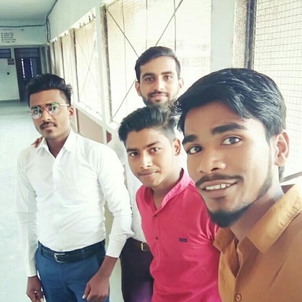 Shivam Prajapatiのユーザーアイコン