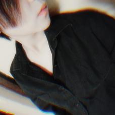 マ リ's user icon