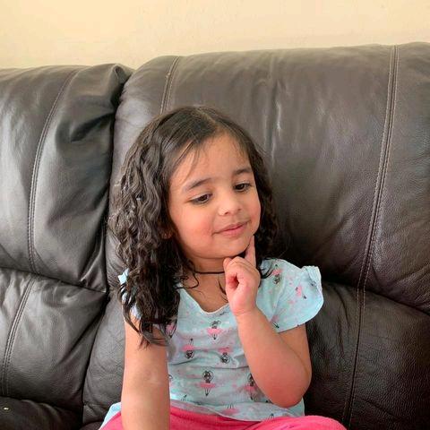 Amna arooj's user icon